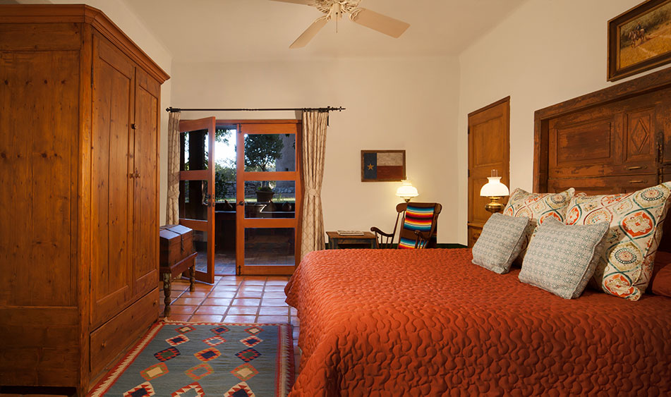 Cibolo Creek Ranch Queen Courtyard Room
